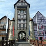 The main attraction of Colmar Tropicale - its main entrance