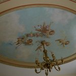 Ornate ceiling room 452