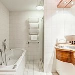  Bathroom - Hampshire Hotel - Emmen
