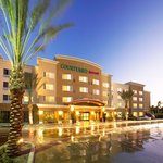 Courtyard By Marriott Anaheim