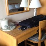 the nice desk in room