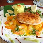 Shrimp with papaya, puff pastry, green beans & breadfruit
