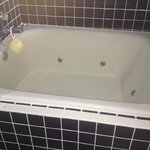                    Tub