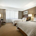  2 Double Beds Suite