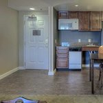  2 Queen Accessible Kitchen
