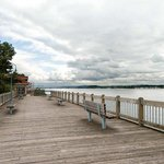  Columbia River Boardwalk