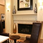 Lobby Fire Place/Seating Area