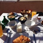                    Breakfast in the sun!