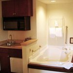 Whirlpool in Suite