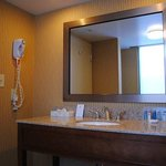  King Suite Vanity
