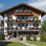 Photo de Hotel Neuer am See