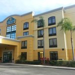 Wingate by Wyndham New Tampa