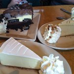 Oreo, dulce de leche and plain cheesecakes!