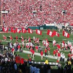 Wisconsin Badgers Take the Field - Rose Bowl Game 2013