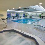  CountryInn&amp;Suites GrandRapids  Pool