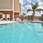  CountryInn&amp;Suites Tampa  Pool
