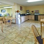 Φωτογραφία: Econo Lodge - Macon / Riverside Dr