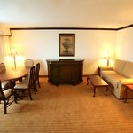  Presidential Suite Parlor