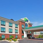 ‪Holiday Inn Express Hotel and Suites Clearfield‬