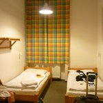 Double room with private shower (shared toilet)