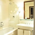 mordern and clean bathroom