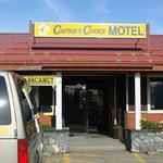 Front of Captains Choice Motel