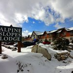 Alpine Slopes Lodge resmi