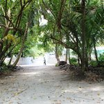 Street view on Omadhoo