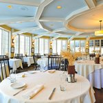  Award Winning Seasons Restaurant