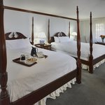 Traditional Queen Bedded Room