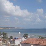  vista desde la puerta del hotel, a 5 cuadras morro de careca,a  2 cuadras de playa-