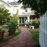 Sonoma Wine Country Inn - Beautiful and Romantic!