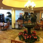 Foto di BEST WESTERN PLUS Swiss Chalet Hotel & Suites