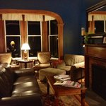  Cozy Croff House living room at night