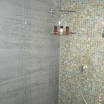  Super Shower