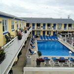 Nantucket Inn & Suites in Wildwood Pool Area