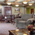  Hearthstone Inn &amp; Suites Heritage Lobby