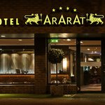 Photo de Ararat All Suites Hotel