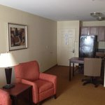 Фотография Home-Towne Suites Columbus