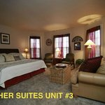 Fischer Suites #3  living/bedroom