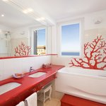 Suite - Bathroom with sea view