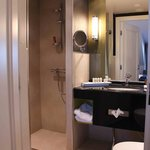  Room 602 - The bathroom