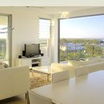 Executive Suite Living - Rainbow Sea