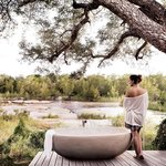  Londolozi Private Granite Suites view from Outdoor bathtub