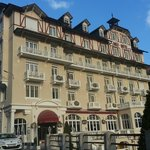  The front of the Golf Hotel