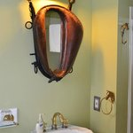 Charming horse themed bathroom in the Kate room