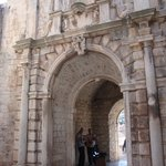  Street musicians at entrance gate to Korcula