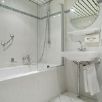 Bathroom - Hampshire Hotel - Savoy Rotterdam