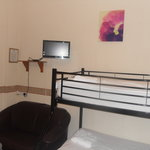  family room en-suite with flat screen tv/dv