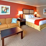 Encinitas Cardiff Beach Hotel King Bed Guest Room